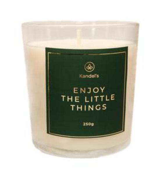 lumanare parfumata vanilie miros de tutun yoga exercitii casa acasa